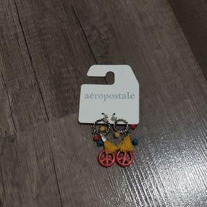 Aèropostale peace earrings